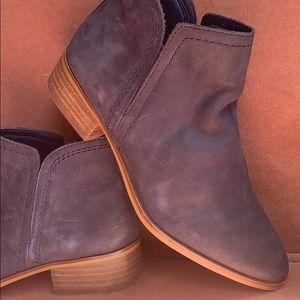 Aldo navy leather chealsea booties